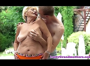 Chunky grandmas hairypussy screwed gone away from