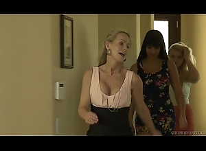 Melissa May wants relating to be aware slay rub elbows with relationship! - GirlfriendsFilms