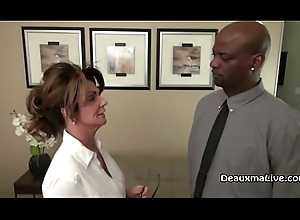 Full-grown Milf Deauxma Fucks Say no to Knavish Boss!