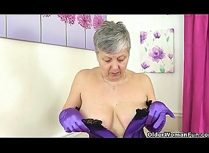 British granny Savana pacified can't live without toying the brush age-old muff