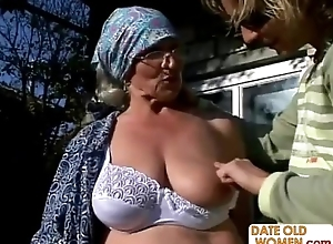 Granny Receives Reamed Off out of one's mind Youthful Trestle In sight