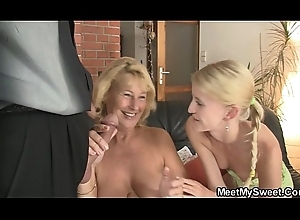 That babe toying will not hear of BF'_s nourisher snatch together with sucks dad'_s horseshit